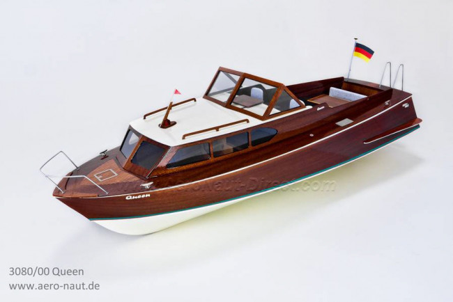 Queen 1960s Semi Scale RC Classic Sports Boat - Aero-Naut Wooden Kit