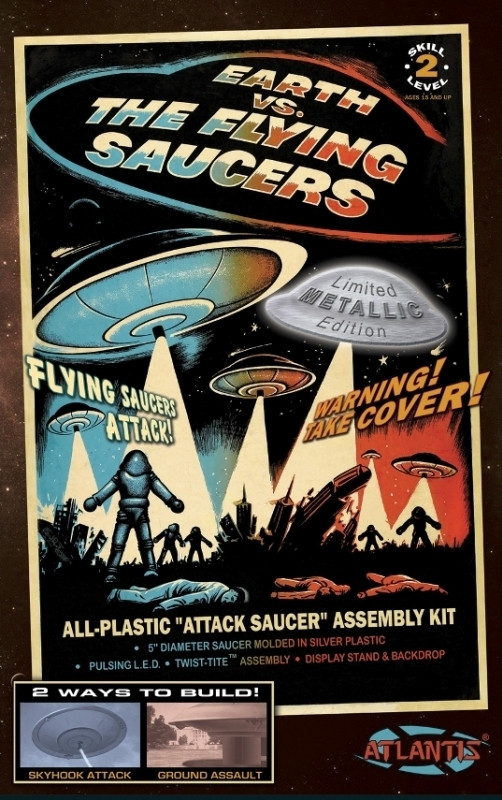 "Earth Vs The Flying Saucers UFO with Pulsing LED Light - 5"" Atlantis Plastic Kit"