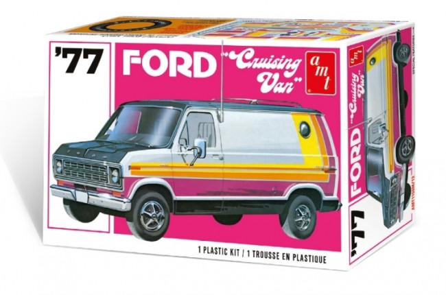 1977 Ford Cruising Van 1:25 Scale AMT Highly Detailed Plastic Kit