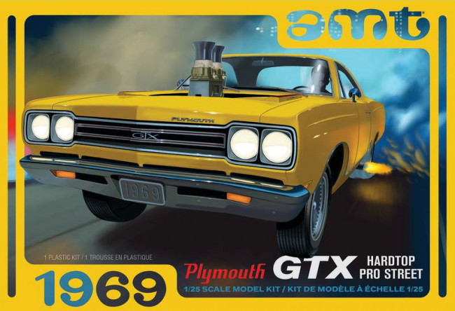 AMT 1969 Plymouth GTX Hard Top Pro Street 1:25 Car Plastic Kit