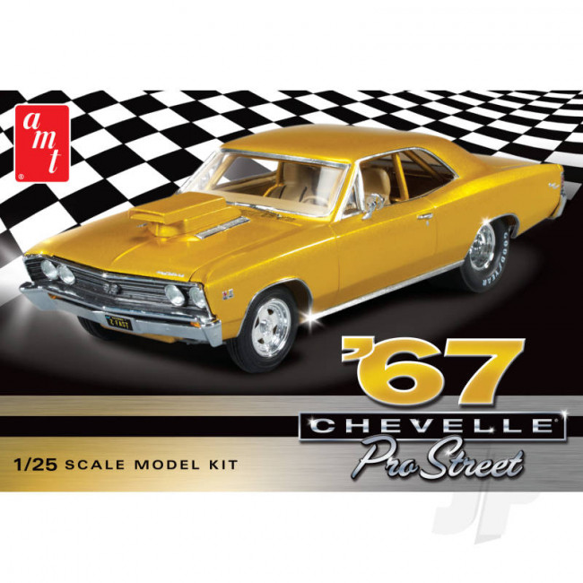 AMT 1:25 1967 Chevy Chevelle Pro Street Car Plastic Kit
