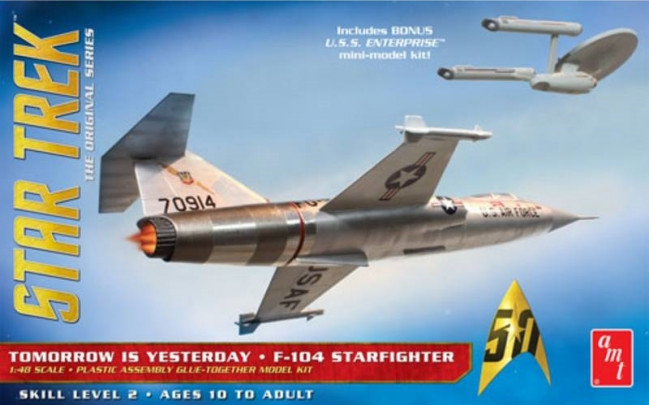 Star Trek F-104 Starfighter 1:48 AMT Detailed Plastic Kit