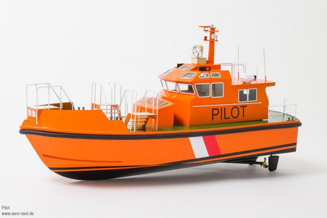 Aero-Naut Radio Control 20 Metre Pilot Boat 1:25 Scale Kit with Lights