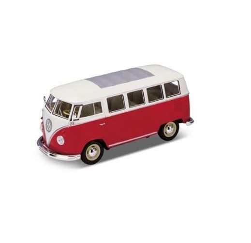Welly Diecast 1/24 | 1963 Volkswagen VW T1 Bus | Red Model Camper Microbus Van