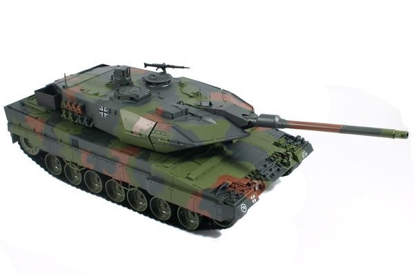 Large Scale RC Leopard 2A6 Tank, Lights, Sound, Shoots - Hobby Engine