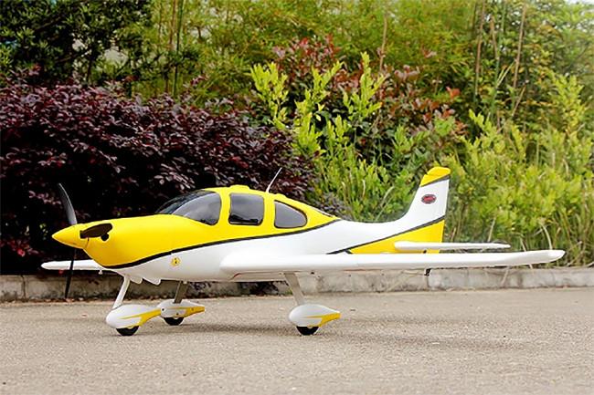 Dynam Cirrus SR22 Electric RC Trainer Plane ARTF (no Tx/Rx/Bat)