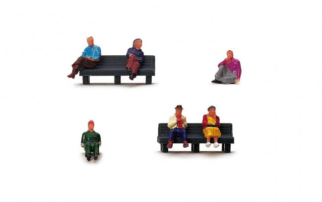 1:76 Scale Sitting People - Hornby Train Track Accessories 00 Gauge