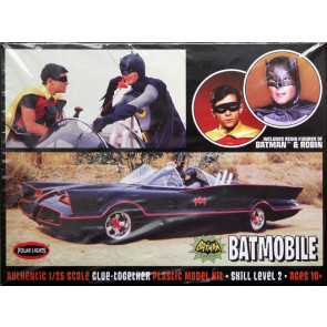 1966 Batmobile with Batman and Robin Figures 1:25 Scale Polar Lights Plastic Kit POL920