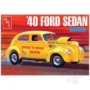 AMT 1:25 1940 Ford Sedan (Original Art Series) Plastic Car Kit