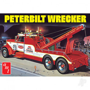AMT Peterbilt 359 Wrecker Plastic Kit