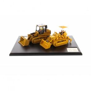 1:50 Cat 977 Track Loader & 963K Track Loader, Diecast Scale Construction Vehicle