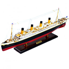 RMS Titanic Deluxe Edition with Photo Etched Parts 1:350 Scale Museum Quality Plastic Kit