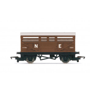 LNER, Cattle Wagon, Era 3 - Hornby 00 Gauge Model Train Wagon